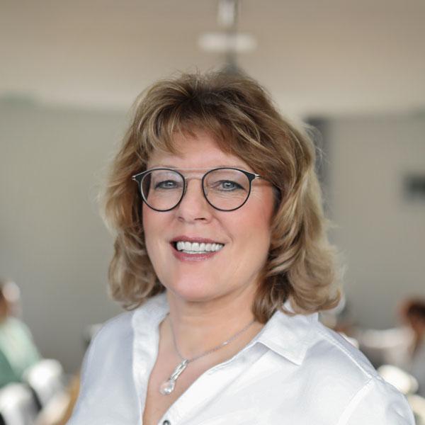 Angelika Kirch